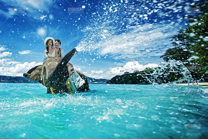 普吉岛07月客照之骑象闹水