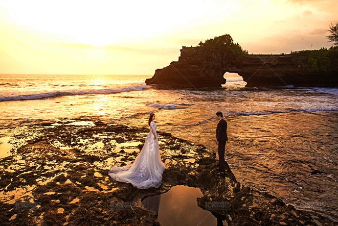 巴厘岛04月客照之沙滩幸福恋人