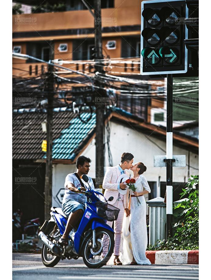 普吉岛07月客照之街头接吻