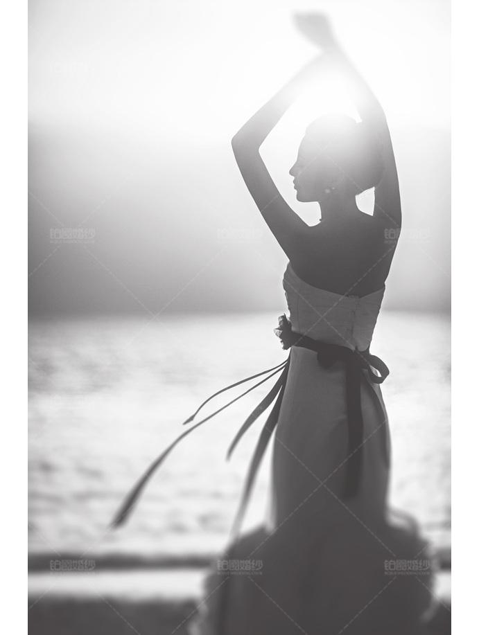 马尔代夫07月之客照朦胧新娘