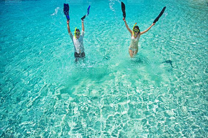 马尔代夫08月客照之水中嬉戏