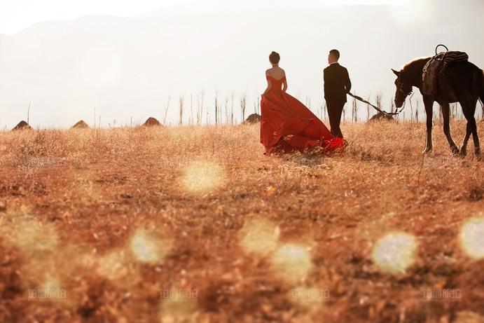 山水如画的丽江旅拍婚纱照