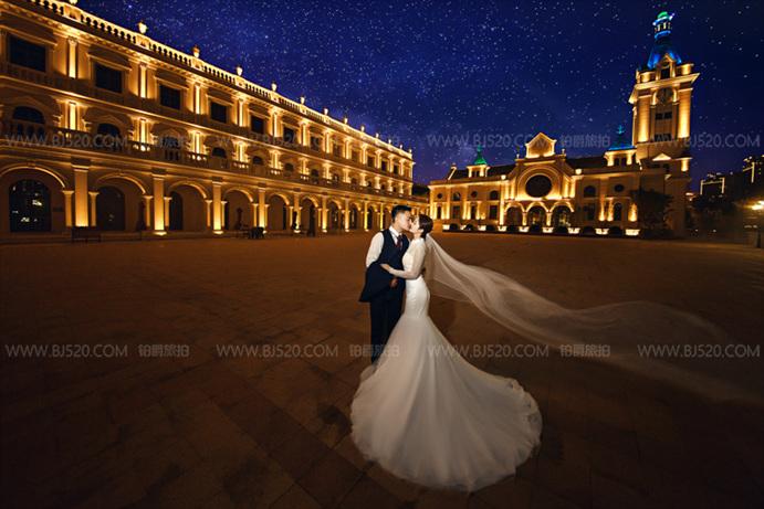 拍婚纱照如何看起来显得更亲密