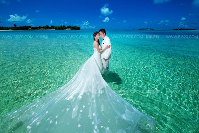 海边婚纱照该怎么拍 伯爵婚纱摄影攻略