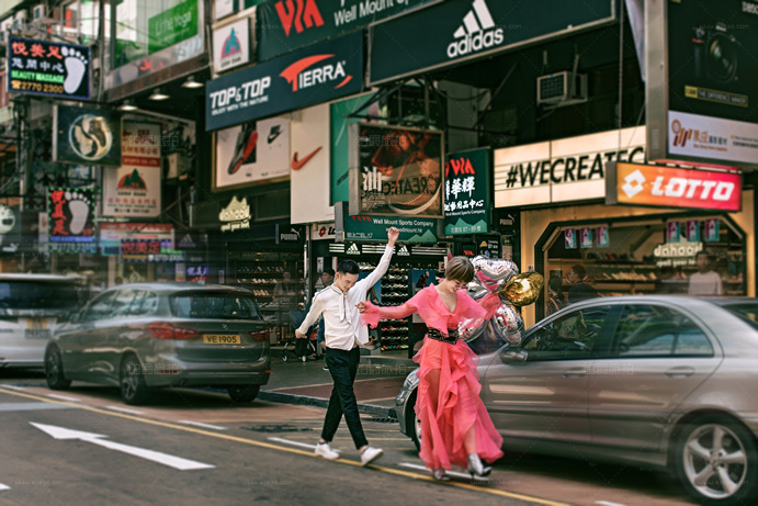 香港旅拍选哪家,用铂爵婚纱照告诉你