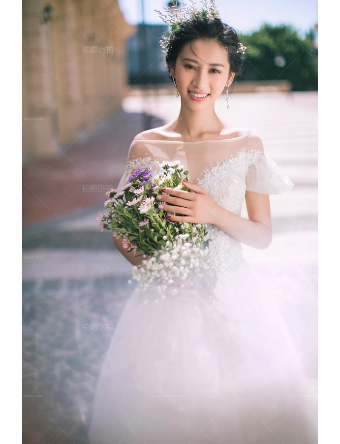 婚纱照短发_短发新娘婚纱照