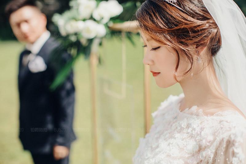 感谢铂爵旅拍婚纱照完成我们的期待