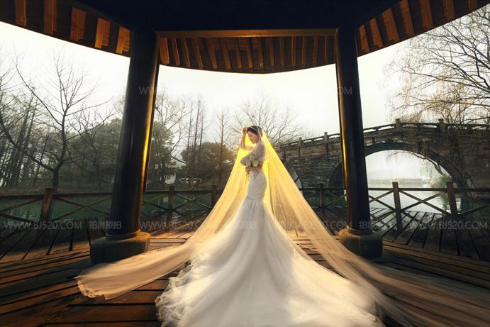 摄影棚怎么搭建的?婚纱摄影该怎么拍?