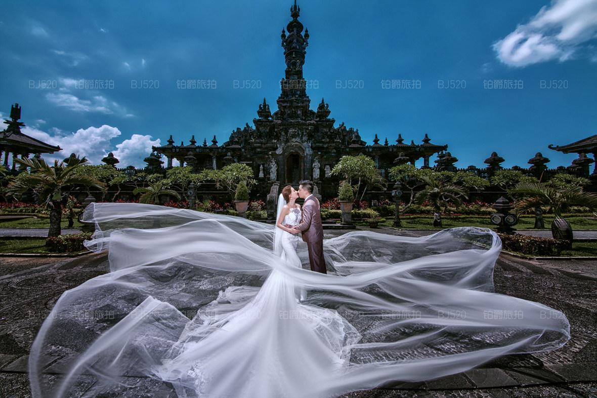 巴厘岛婚纱照图片欣赏 拍婚纱照需要哪些开销?