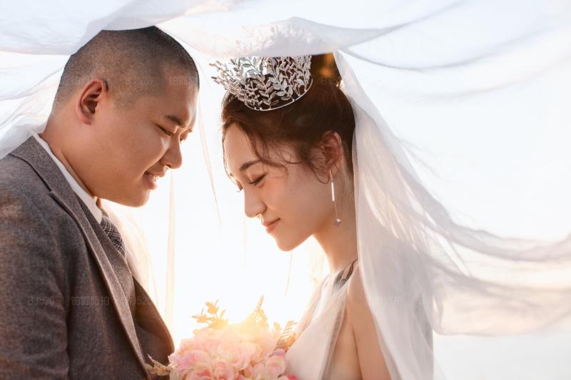 普吉岛铂爵旅拍婚纱摄影给我们留下难忘的纪念