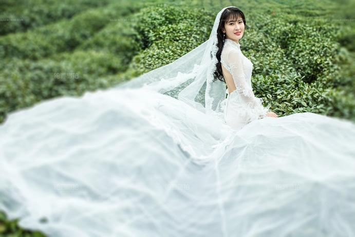 现在一套婚纱照多少钱?婚纱照套系里包含什么