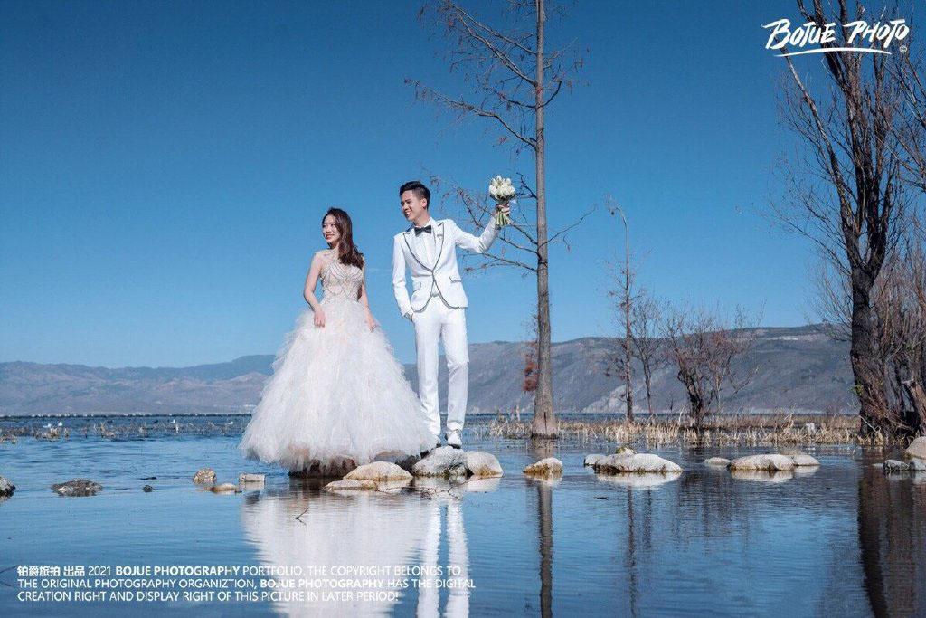 铂爵旅拍婚纱照 记录大理完美婚纱摄影之旅