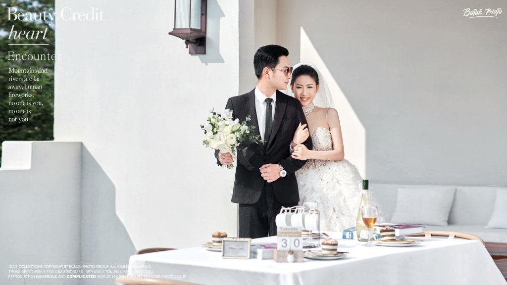 铂爵旅拍婚纱照 在三亚开启婚纱摄影浪漫之旅