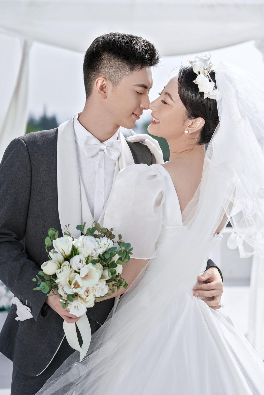 三亚旅拍婚纱照 选择铂爵旅拍是超对的决定