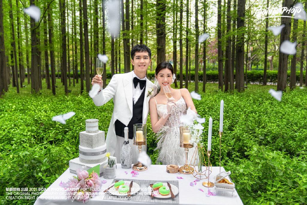 铂爵旅拍婚纱照 记录在青岛的浪漫旅程