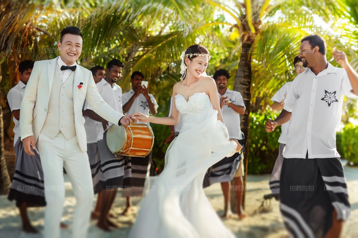 马尔代夫旅拍婚纱摄影选哪家 旅拍婚纱照怎么选择最优商家